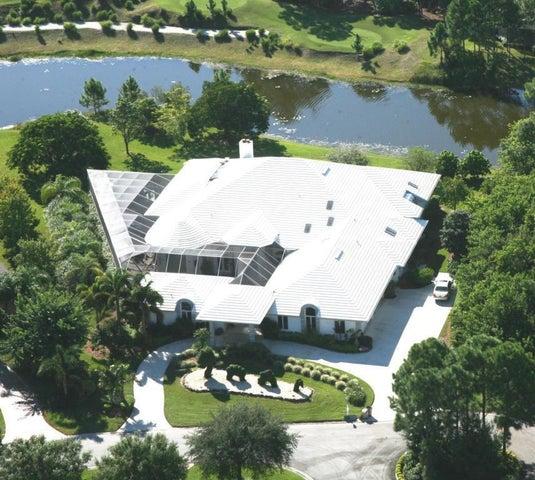 7428 N Laurels Place NE, Fort Pierce, FL 34950