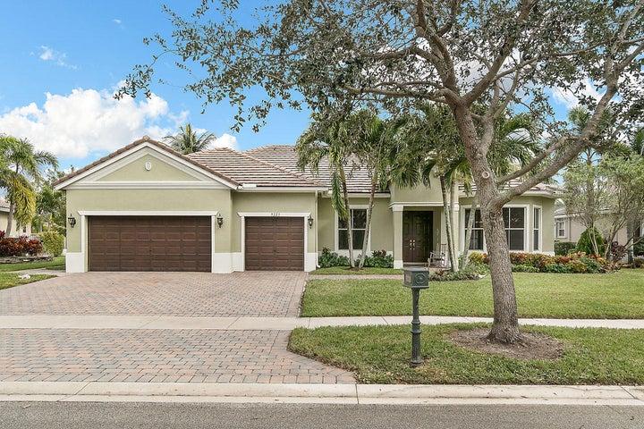 9225 Savannah Estates Drive, Lake Worth, FL 33467