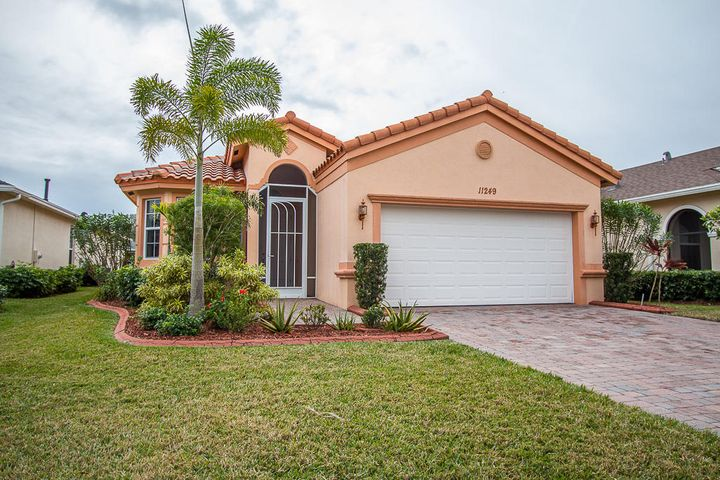 11249 SW Birch Tree Circle, Port Saint Lucie, FL 34987