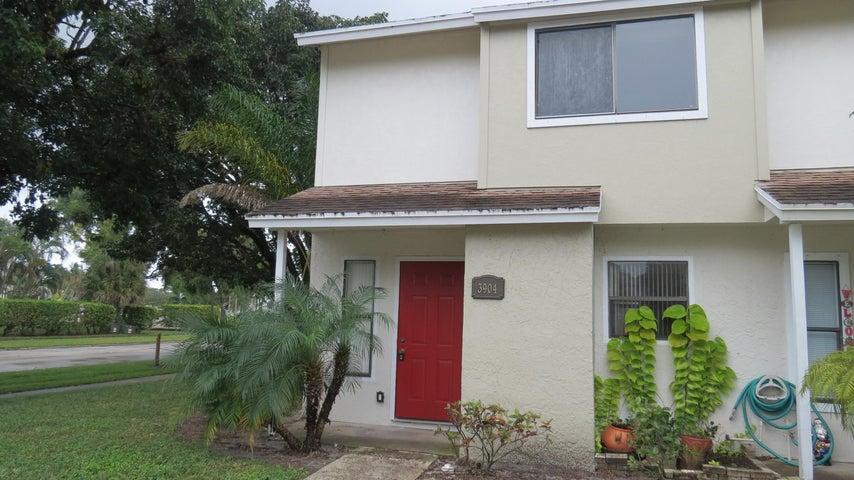 3904 Inlet Circle, Greenacres, FL 33463