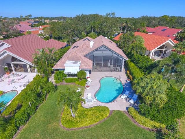 13637 Rivoli Drive, Palm Beach Gardens, FL 33410