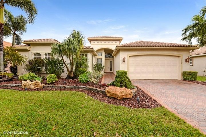 7906 Sunburst Terrace, Lake Worth, FL 33467