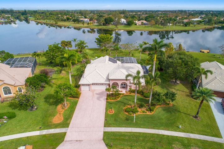 9670 Eagle Point Lane, Lake Worth, FL 33467