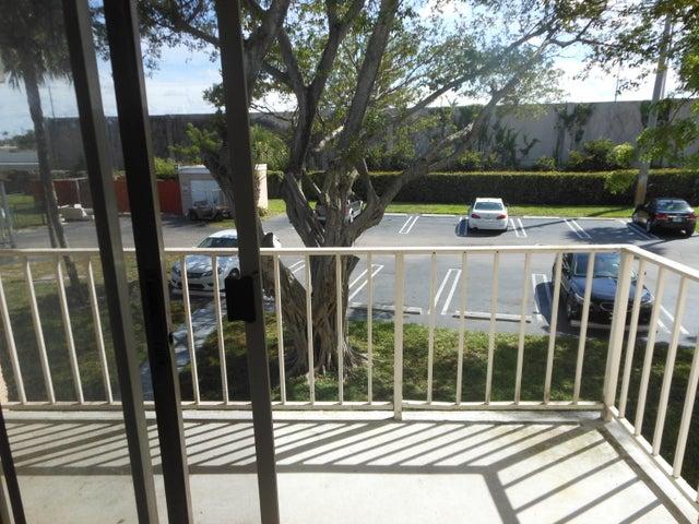429 Executive Center Drive, 204, West Palm Beach, FL 33401