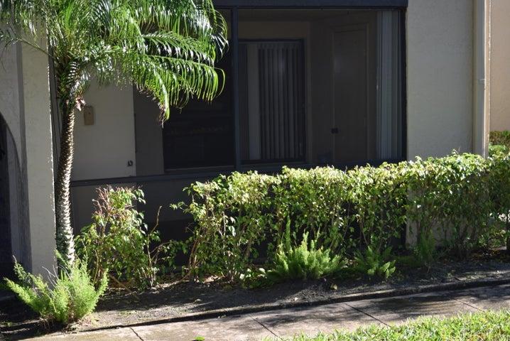 520 Shady Pine Way, B1, Greenacres, FL 33415