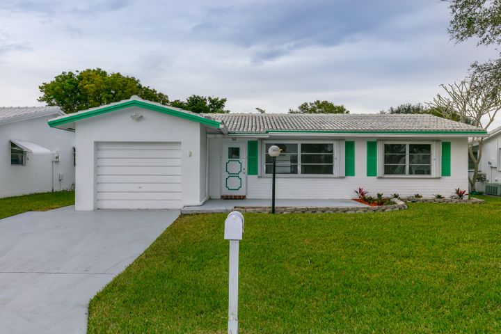 8951 NW 13th Street, Plantation, FL 33322