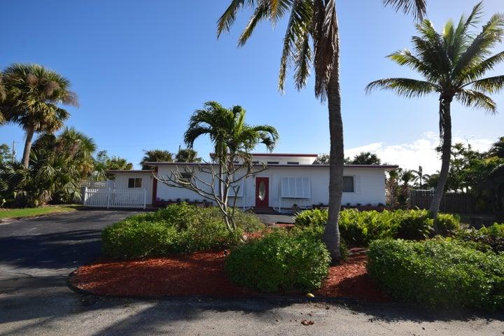 3215 Pierson Drive, Delray Beach, FL 33483