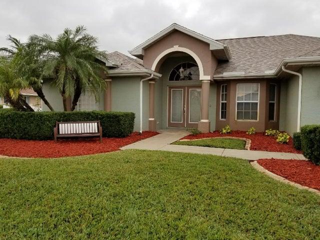 133 SW Danville Circle E, Port Saint Lucie, FL 34953