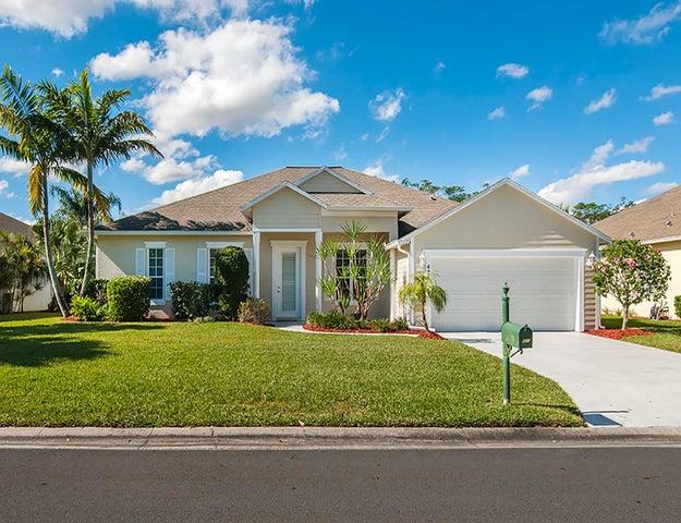 421 24th Avenue SW, Vero Beach, FL 32962
