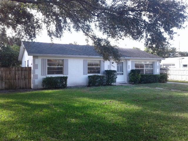 4920 Dolphin Drive, Lake Worth, FL 33463