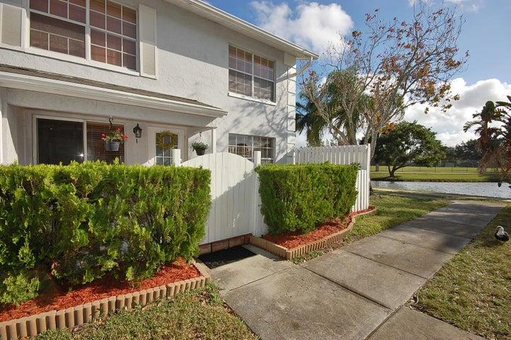 236 Foxtail Drive, I, Greenacres, FL 33415
