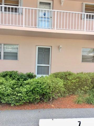 18081 SE Country Club Drive, 2, Tequesta, FL 33469