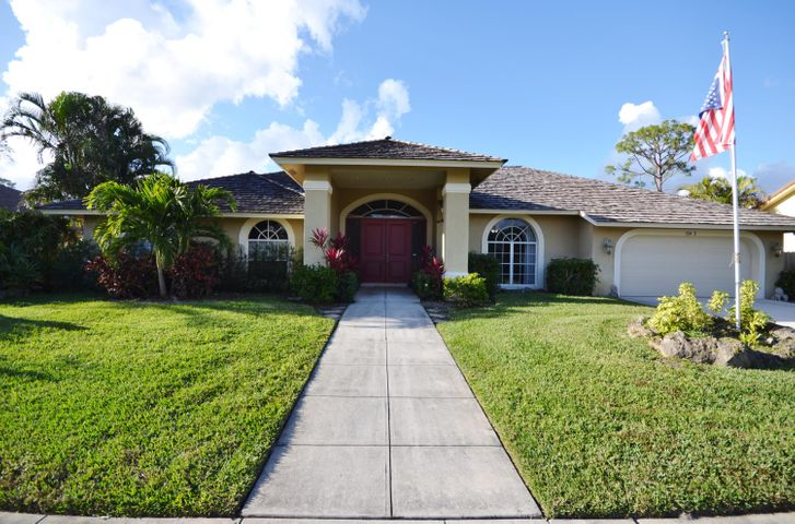 13473 Northumberland Circle, Wellington, FL 33414