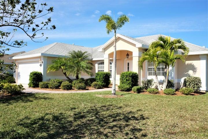 5616 Riverboat Circle SW, Vero Beach, FL 32968