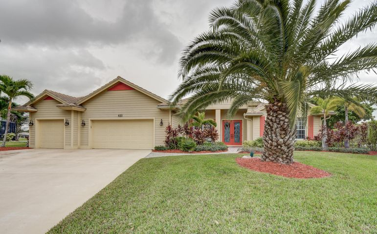 423 SW Sweetwater Trail, Port Saint Lucie, FL 34953