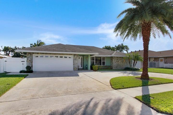 2643 Starwood Circle, West Palm Beach, FL 33406