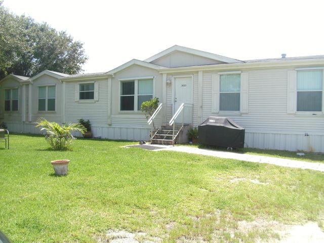 3025 Matthews Road, Fort Pierce, FL 34950