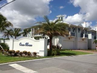 118 Ocean Breeze Drive, Juno Beach, FL 33408