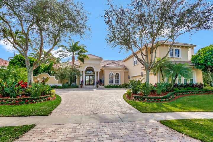 8521 Egret Lakes Lane, West Palm Beach, FL 33412