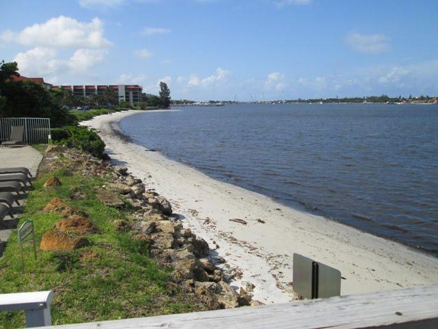 114 Barefoot Cove, Hypoluxo, FL 33462