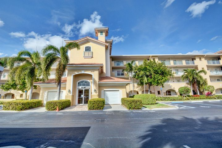 5938 Crystal Shores Drive, 401, Boynton Beach, FL 33437