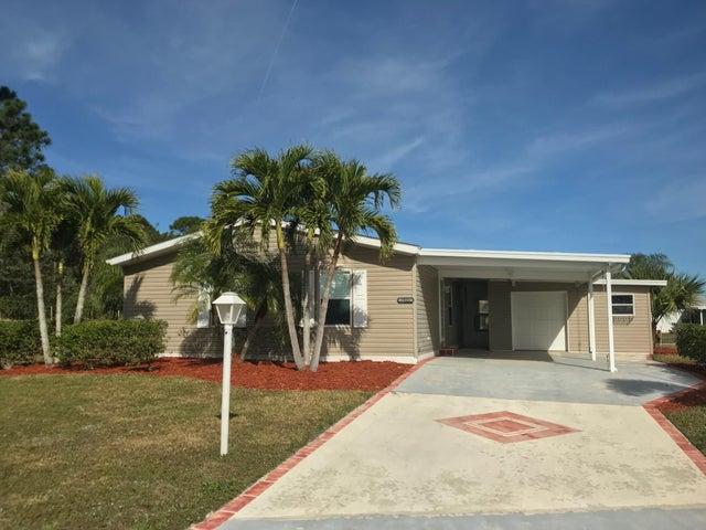 7821 Horned Lark Circle, Port Saint Lucie, FL 34952