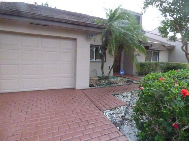 4718 Fountains Drive, Lake Worth, FL 33467