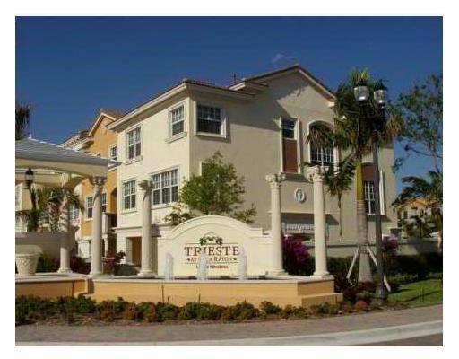 612 NE Venezia Lane, Boca Raton, FL 33487