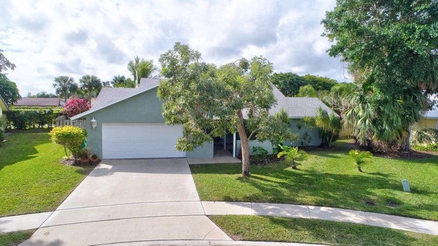90 Las Brisas, Boynton Beach, FL 33426