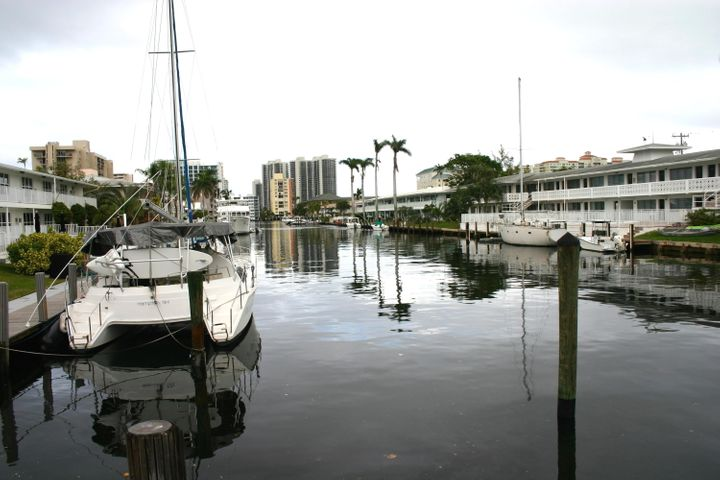 3220 Bayview Drive 202, Fort Lauderdale, FL 33306
