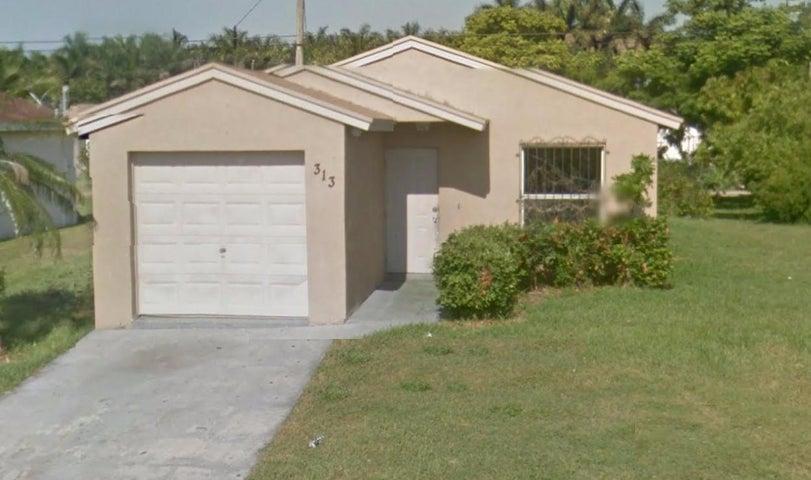 313 Carissa Drive, Pahokee, FL 33476