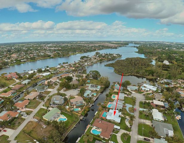 6851 Kingston Drive, Lake Worth, FL 33462