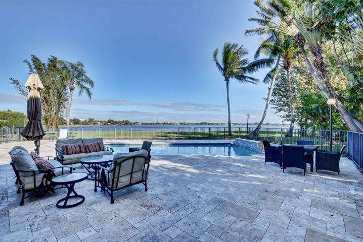 Pool deck with east views of Lake Mangonia, entertain and relax.