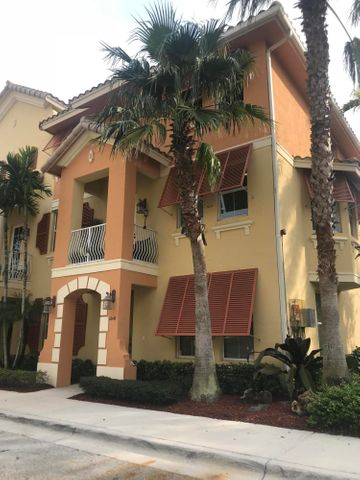 1249 Via Fatini, Boynton Beach, FL 33426