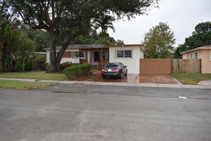 14610 NW 13th Avenue, Miami, FL 33167