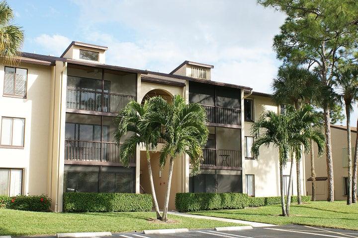 627 Sea Pine Way, F1, Greenacres, FL 33415