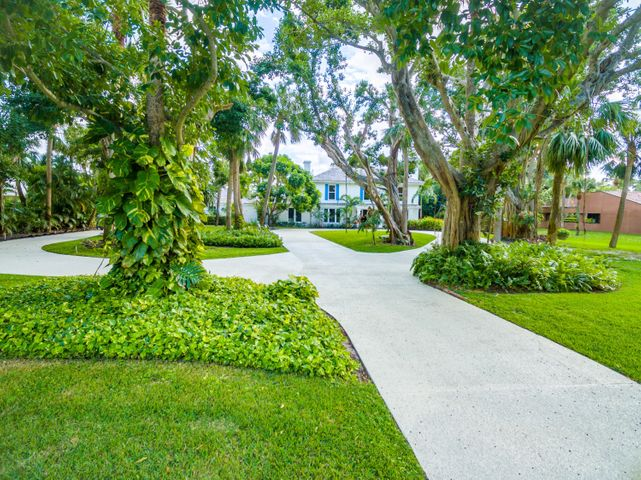 12400 Plantation Lane, North Palm Beach, FL 33408