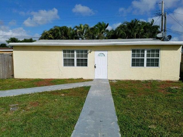 4365 Venus Avenue, West Palm Beach, FL 33406