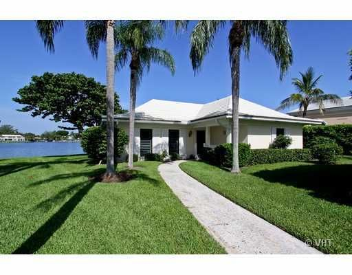 11647 Lost Tree Way Cottage #24, North Palm Beach, FL 33408