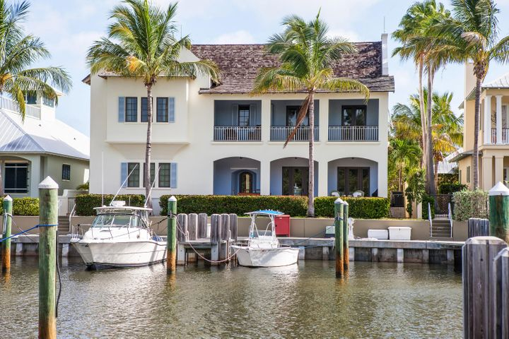 2935 Marsh Island Place, Vero Beach, FL 32963
