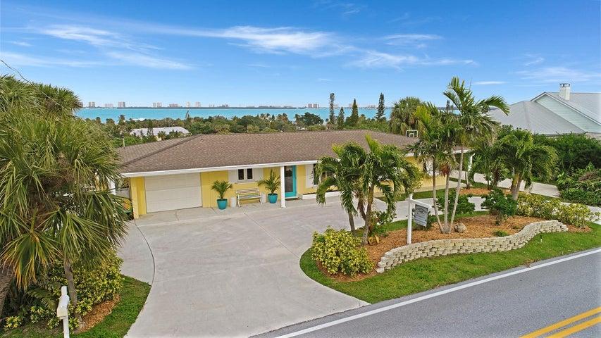 4373 NE Skyline Drive, Jensen Beach, FL 34957