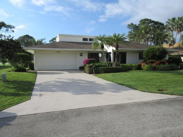 13828 Sand Crane Drive, Palm Beach Gardens, FL 33418