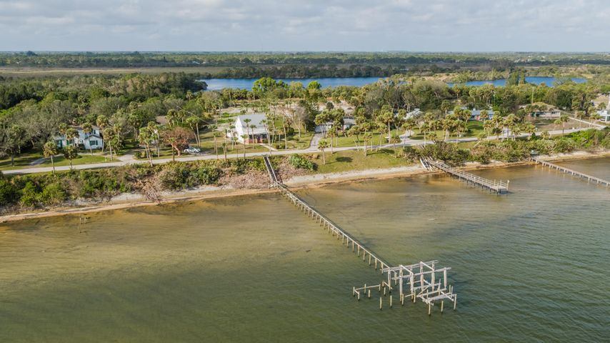 5300 S Indian River Drive, Fort Pierce, FL 34982