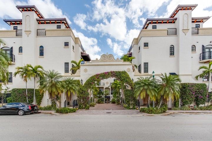 65 NE 4th Avenue B, Delray Beach, FL 33483