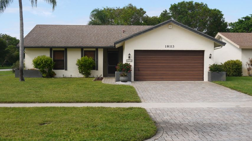 18113 104th Terrace S, Boca Raton, FL 33498