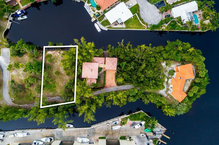 540 River Oak Lane, Deerfield Beach, FL 33441