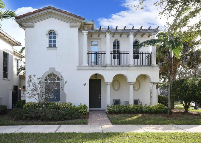22 Stoney Drive, Palm Beach Gardens, FL 33410