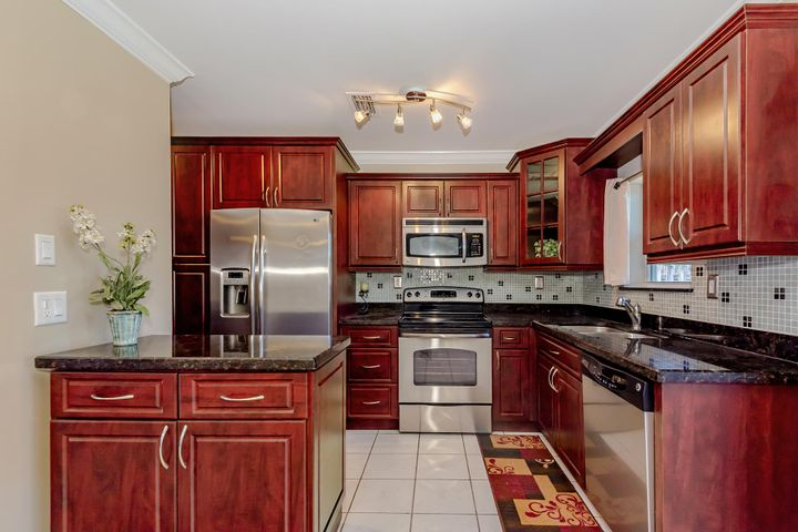 7801 NW 12th Street, Pembroke Pines, FL 33024