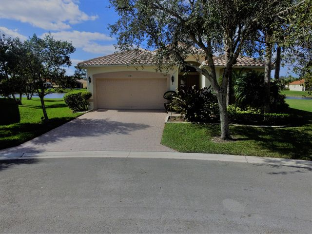 441 NW Sunview Way, Port Saint Lucie, FL 34986