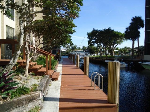 20 Royal Palm Way 103, Boca Raton, FL 33432